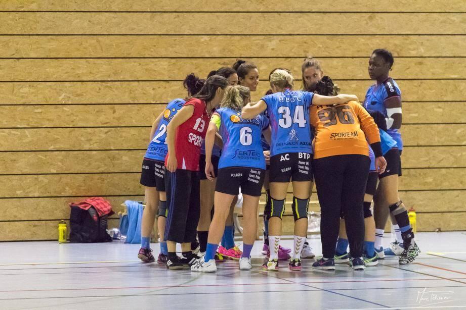 Les filles du HBDC ont tenu le choc face à Hyères et l'ont emporté 29-28.