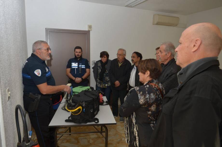 Protection, sécurité et citoyens bénévoles étaient au cœur de cette grande journée d'installation et de formation. (DR)