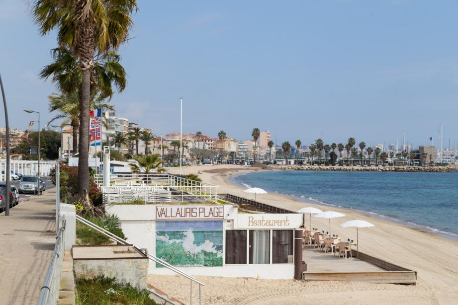 Les trois établissements privés des plage du Soleil ont déposé un référé-suspension auprès de la cour d'appel administrative de Marseille.