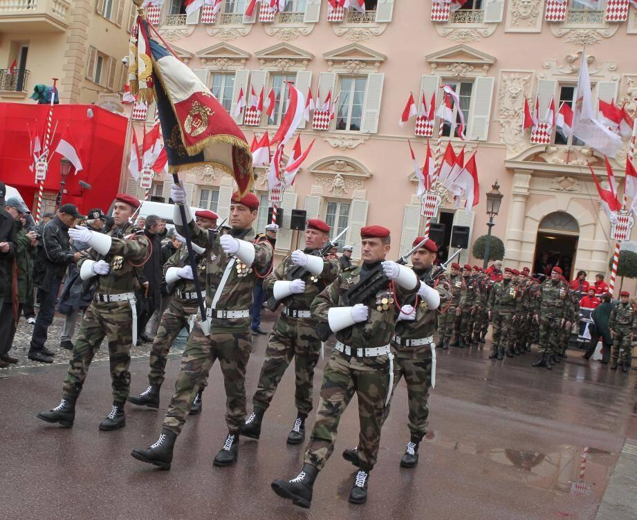Le défilé militaire de la Fête nationale de Monaco.