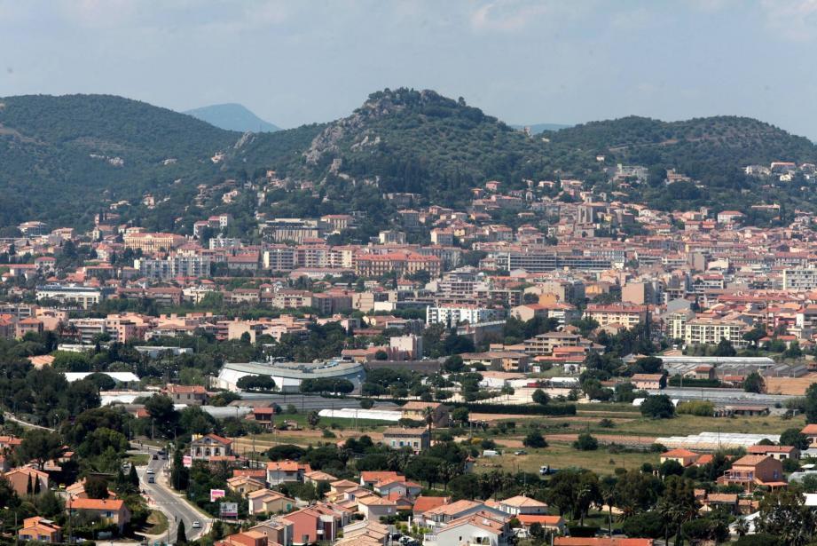 Une vue aérienne de Hyères.