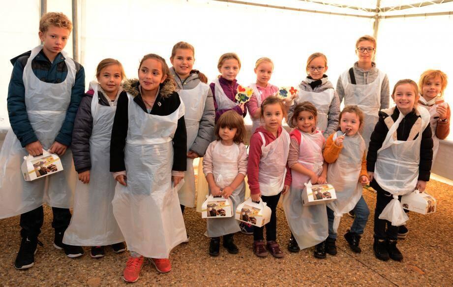 Les enfants tout juste sortis ce samedi de l'atelier chocolat.