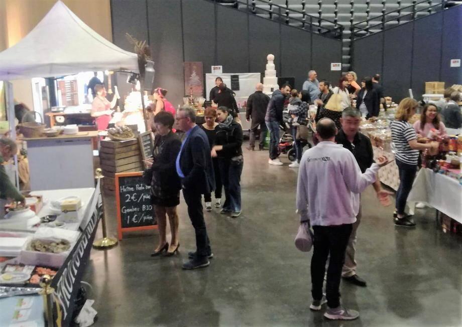 Depuis samedi et jusqu'à lundi, artisans, commerçants et chefs restaurateurs ont pris possession des lieux pour régaler petits et grands.