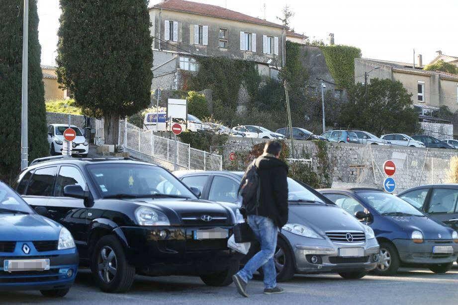 Projet de réaménagement du parking des Bachettes à Biot.