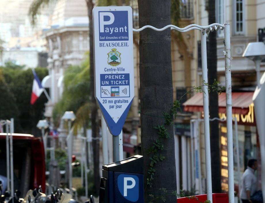 Les tarifs restent presque inchangés, sauf si le stationnement dure plus de huit heures.