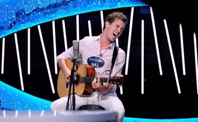 Georges, 27 ans, à l'habitude de se produire dans les pubs du Vieux-Nice. Mercredi, sa prestation d'Eric Clapton est à découvrir sur M6 dans Nouvelle Star.