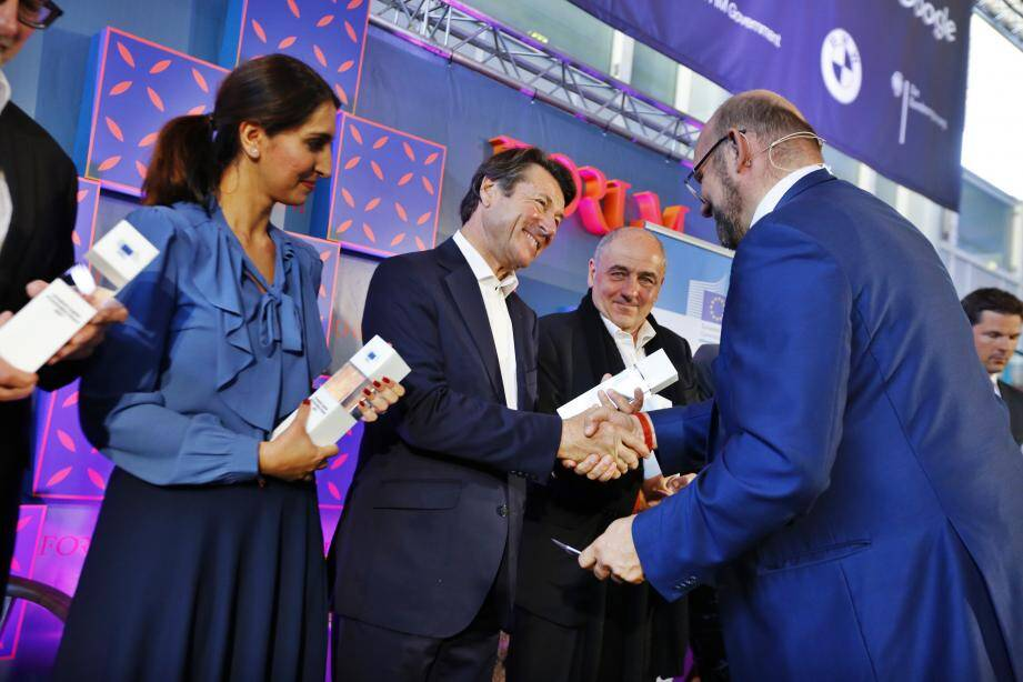 Christian Estrosi, fier que Nice soit reconnue comme l'une des dix villes d'Europe les plus innovantes.