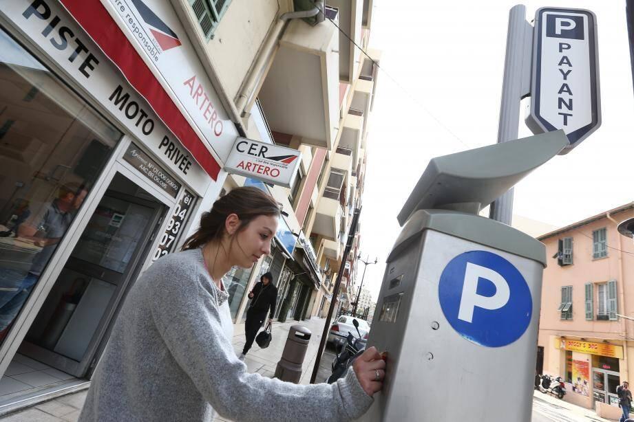 Certaines zones de stationnement vont devenir payantes à Saint-Laurent-du-Var.
