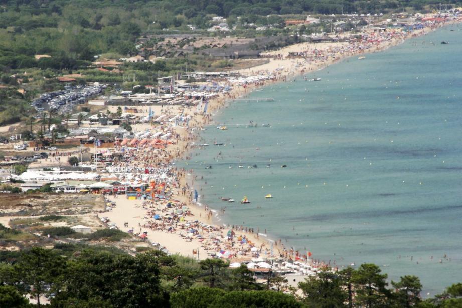 Vue de la plage de Pampelonne.