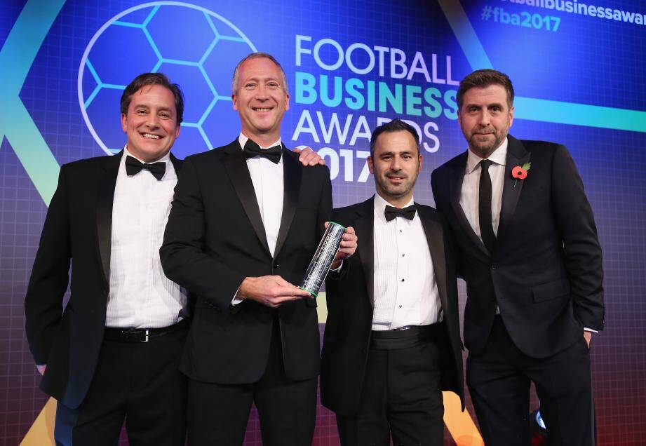 Le directeur général de l'AS Monaco, Vadim Vasilyev, a reçu son Prix des mains des dirigeants de NuCalm, société parrainant l'événement.