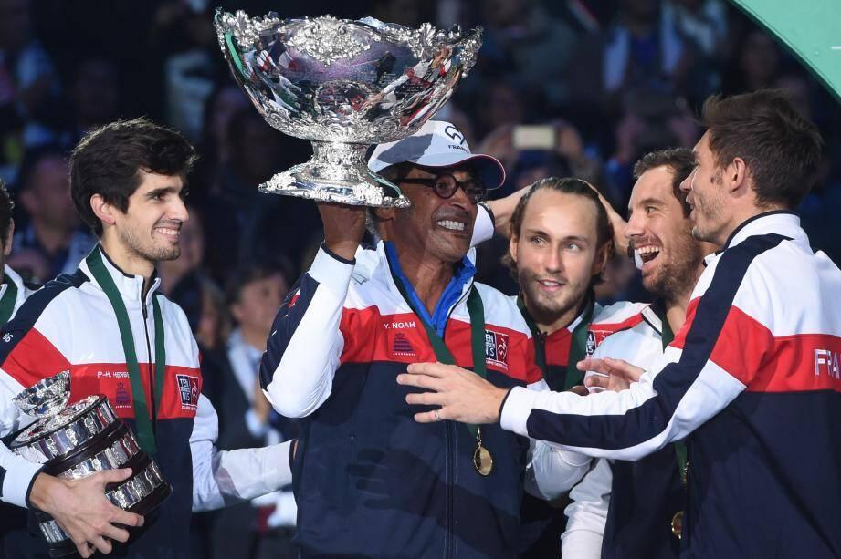 Yannick Noah reste aux commandes du groupe France. On ne change pas une équipe qui gagne...