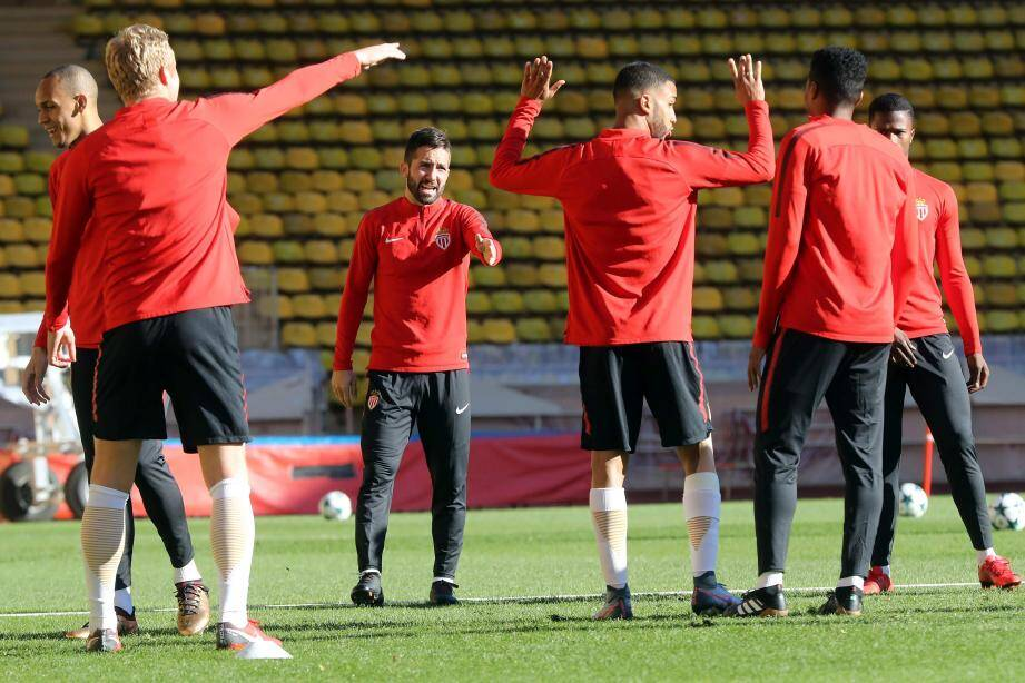 Moutinho s'est entraîné hier à Monaco avant de s'envoler pour Porto son ancien club.