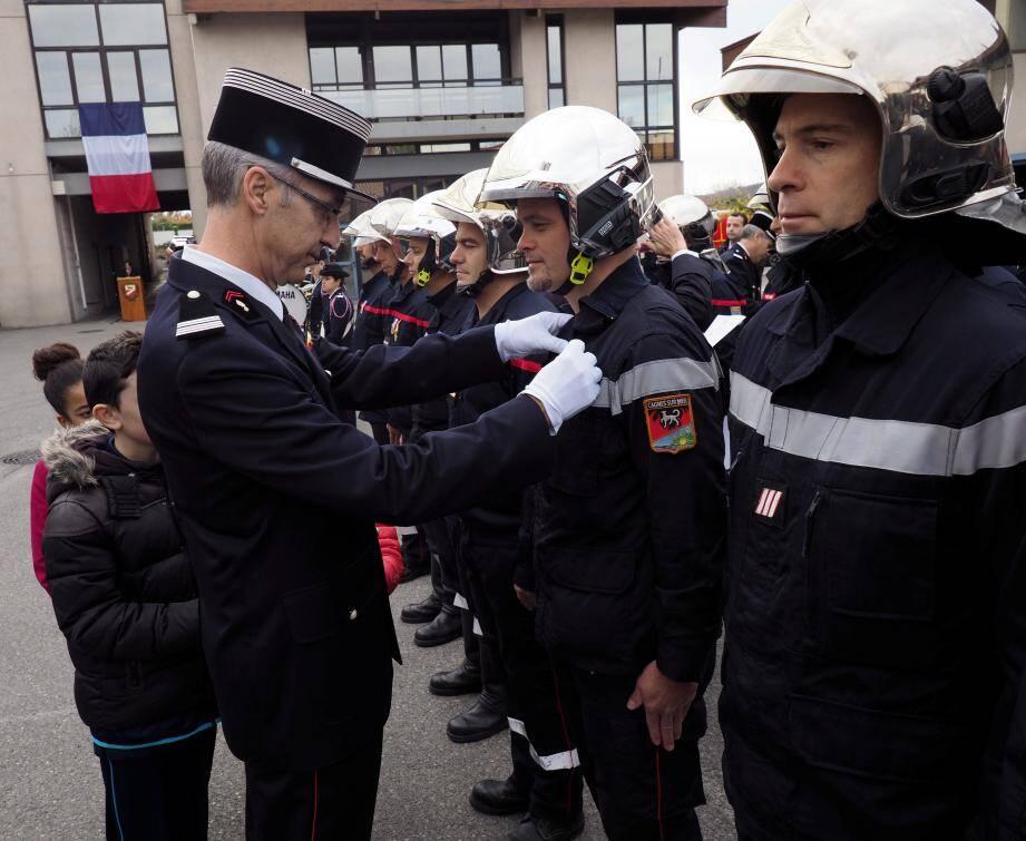 À l'occasion de la cérémonie, dix-sept sapeurs-pompiers ont reçu une médaille et du courage et de dévouement et tout autant, une lettre de félicitations pour acte de courage et dévouement à la suite de l'attentat du 14 juillet 2016 à Nice.