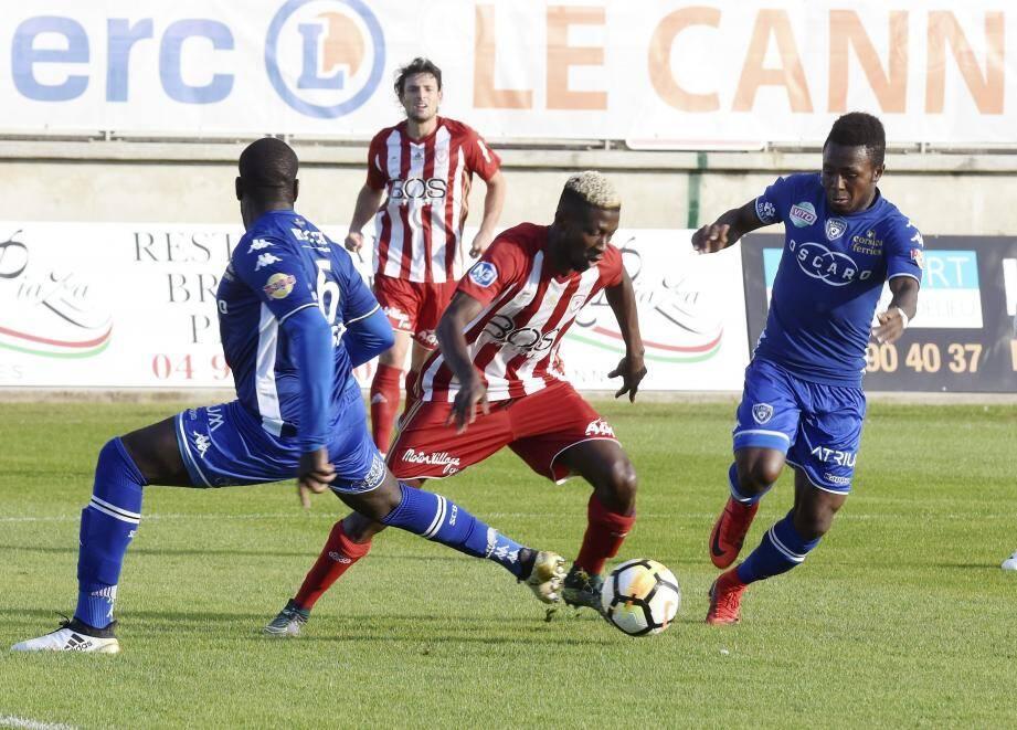 Les Cannois veulent les trois points face à St-Rémy.