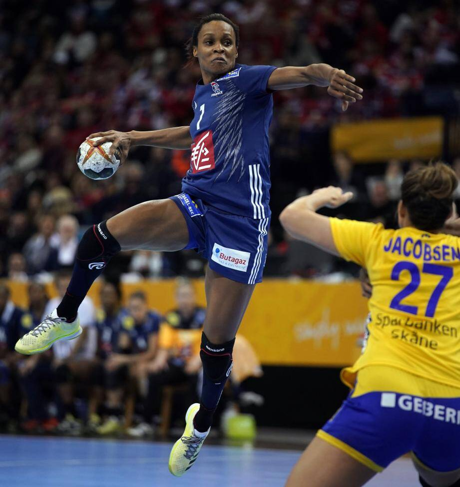 Après la Suède, Allison Pineau et les Bleues ont rendez-vous avec une autre équipe scandinave, mais d'un autre calibre.