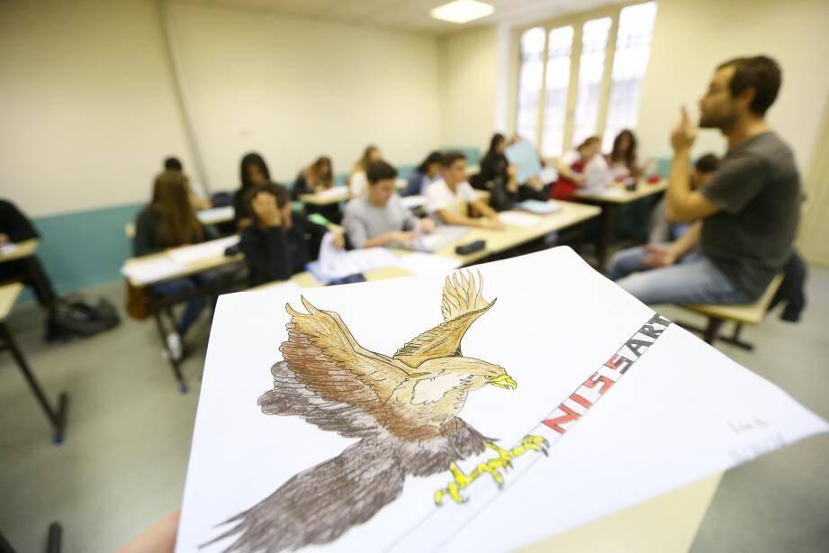 L'aigle nissart pourra-t-il encore ramener son bec et dominer la nissardité dans les établissements scolaires, alors que la licence d'occitan va disparaître des cours universitaires ?