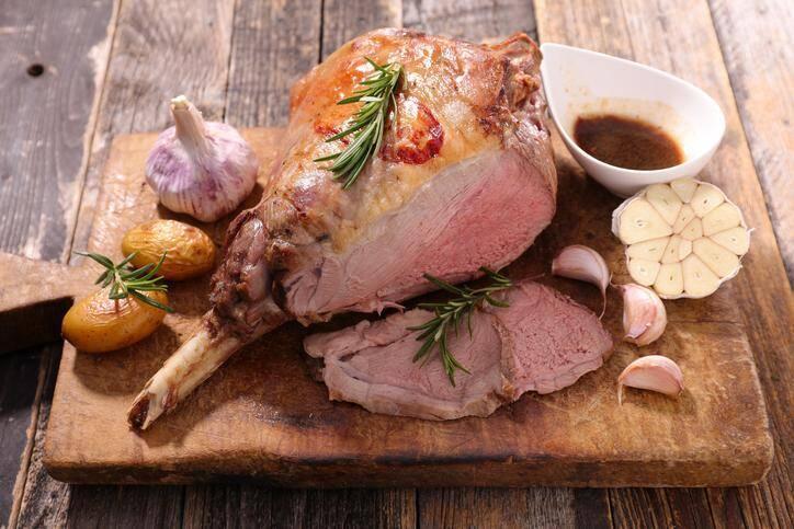 LA RECETTE DU JOUR. Poitrine d'agneau au miel et herbes de Provence de la ferme de la Barrière à Callian