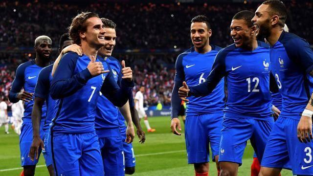 Les Bleus peuvent avoir le sourire, la qualification est à leur portée.