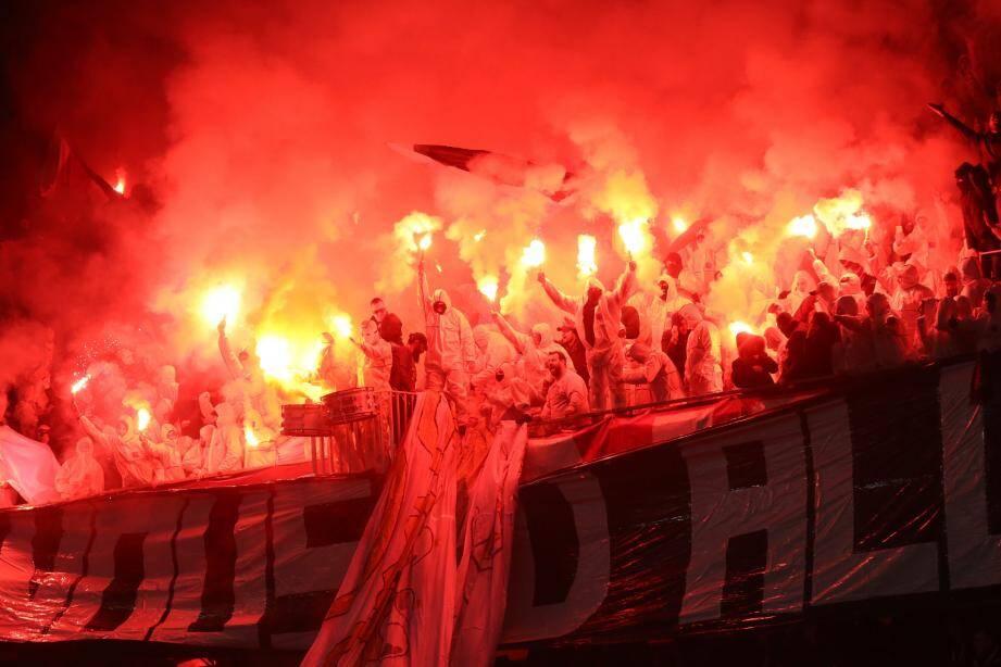 Les supporters niçois à l'Allianz Riviera pour le match contre Bordeaux, le 17 décembre.