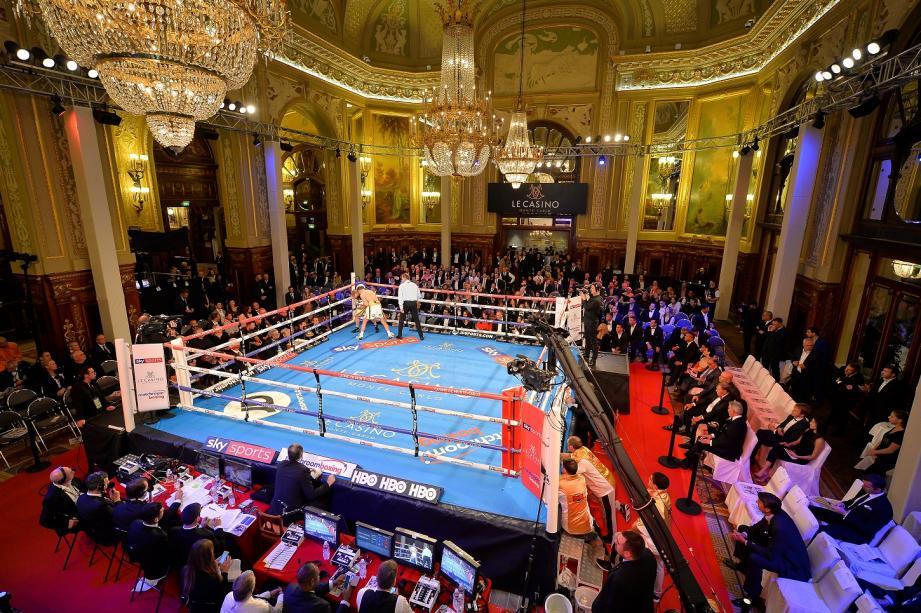 Début novembre, le salon de jeux Médecin avait déjà été transformé en salle de boxe. La semaine prochaine, ce sera en boîte de nuit.