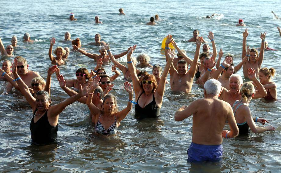 L'an passé, ils étaient 150 baigneurs à avoir eu le courage de se lancer dans une eau flirtant avec les quatorze degrés.