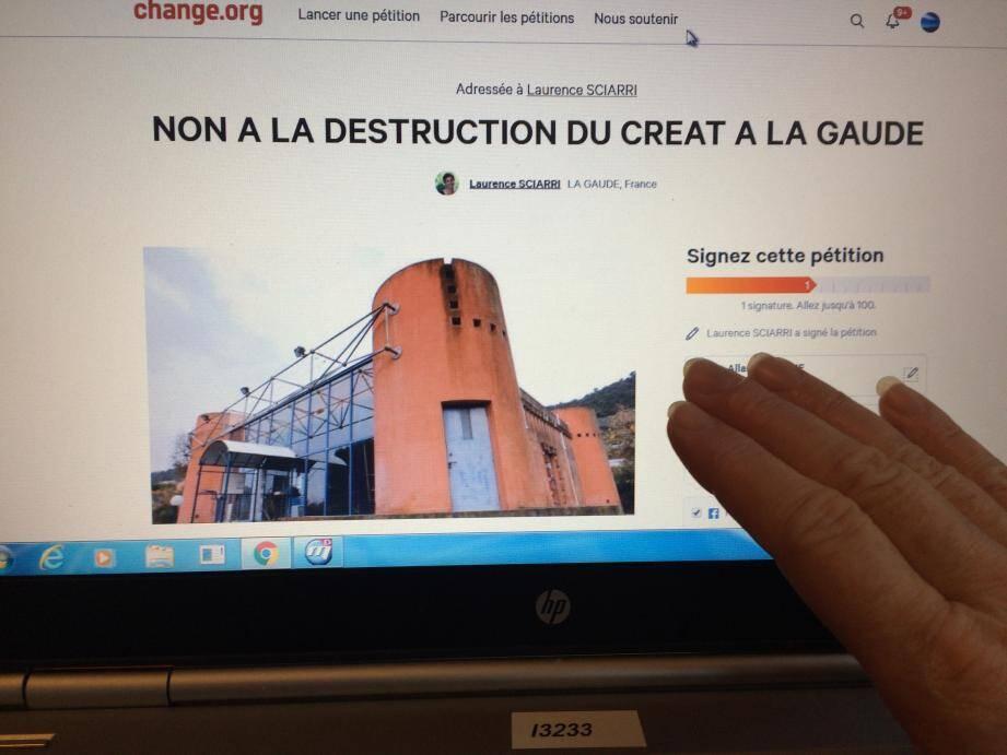 La pétition lancée hier sur Change.org compte de plus en plus de signataires : https ://www.change.org/p/laurence-sciarri-non-a-la-destruction-du-creat-a-la-gaude
