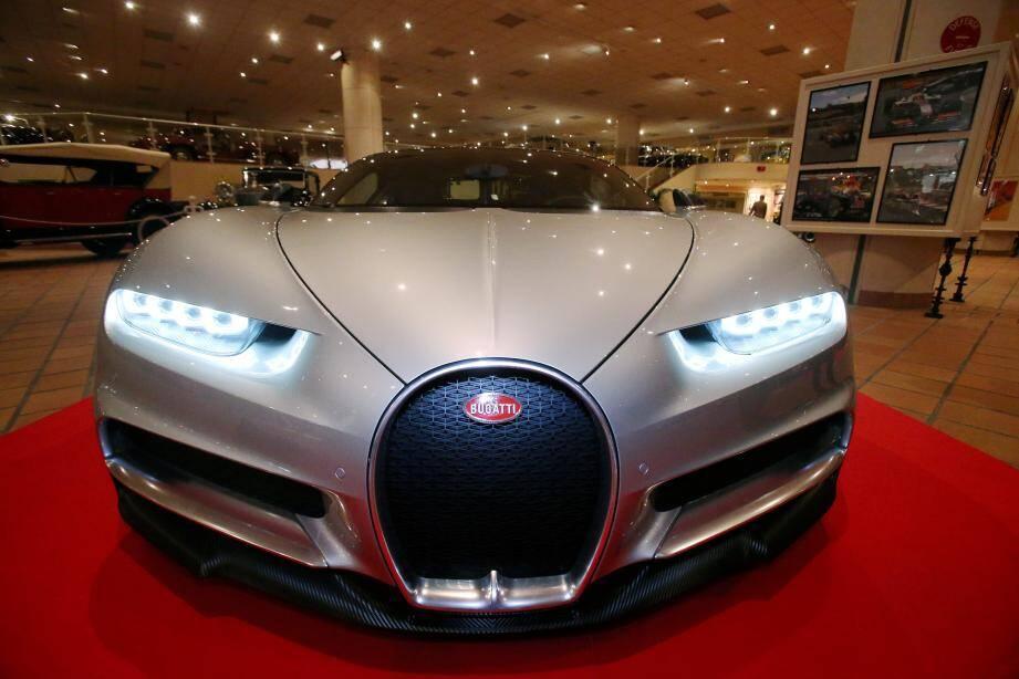 « La vitesse a toujours fait évoluer l'automobile. Mais la Bugatti Chiron n'est pas  uniquement rapide, les technologies présentes dans cette voiture se retrouveront dans beaucoup d'autres dans le futur », glisse Philippe Renzini, directeur de la  Collection de voitures anciennes du prince de Monaco.