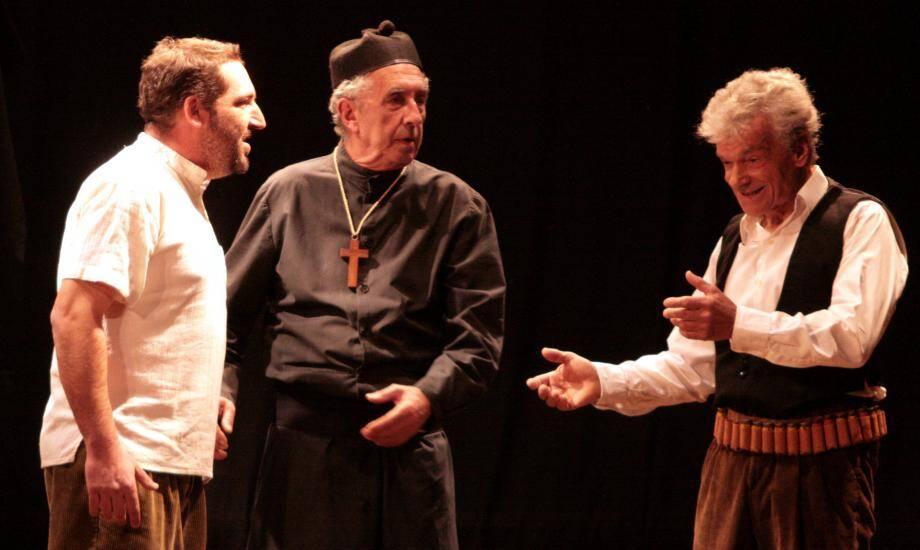 La pièce Joffroi de Maussan avec des artistes pénétrés de leur personnage.