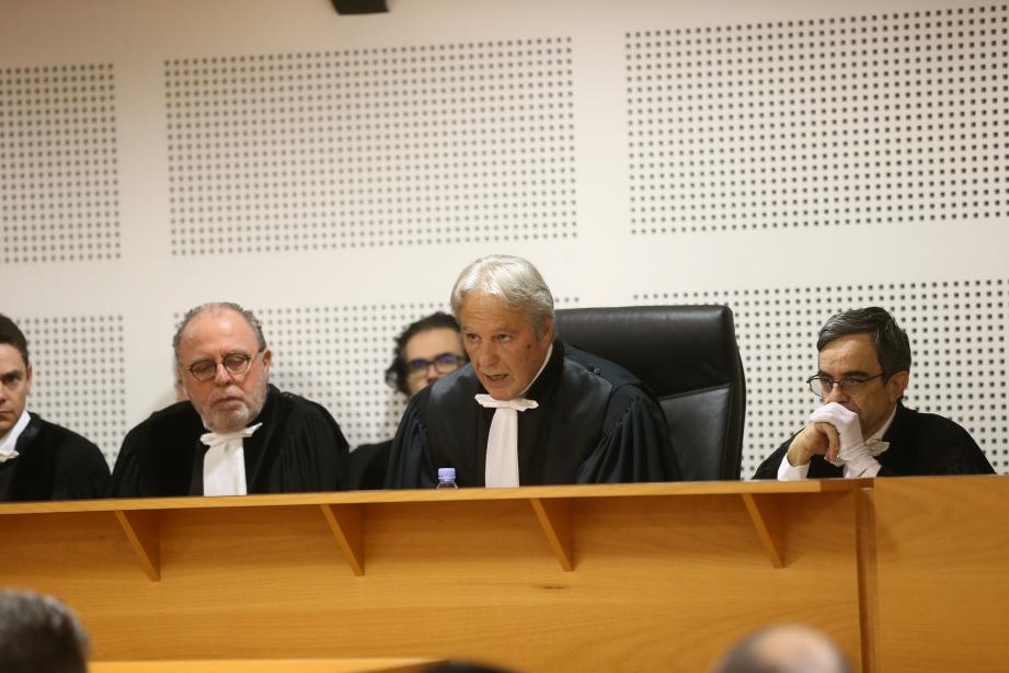 Le président du tribunal de commerce d'Antibes (au centre), Gérard Perugini, a évoqué l'avenir des tribunaux de commerce qui passent notamment par le digital et le numérique.