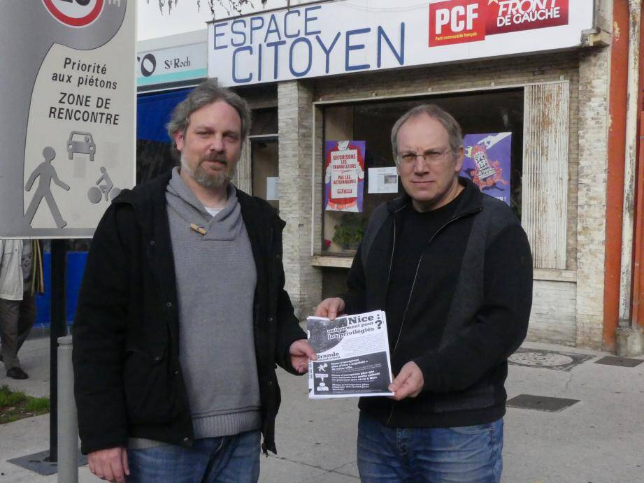 Pendant deux mois, les communistes distribueront un fascicule dans les quartiers de la ville pour « mener un débat de fond » avec les Niçois.