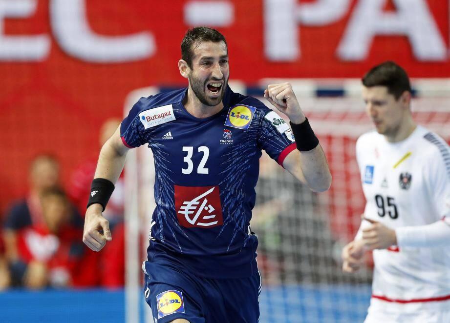 Raphaël Caucheteux le Raphaëlois a réussi son entrée en scène sous l'habit de lumière bleu : quatre buts au compteur !