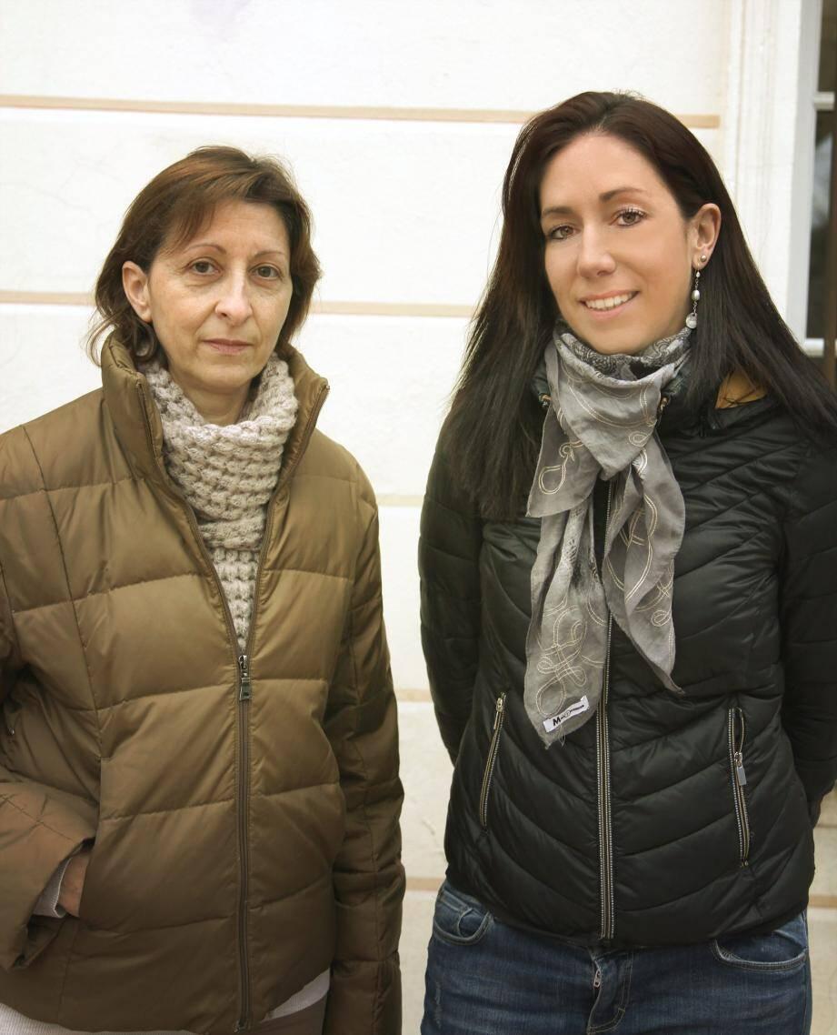 Les deux agents recenseurs Aurélie Chapon et Catherine Dalmasso participeront au recensement dela population mouansoise.