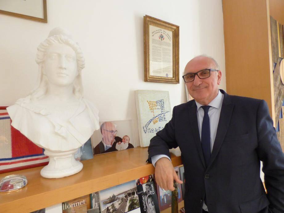 Charles Scibetta lance ses derniers projets de mandat en 2018.