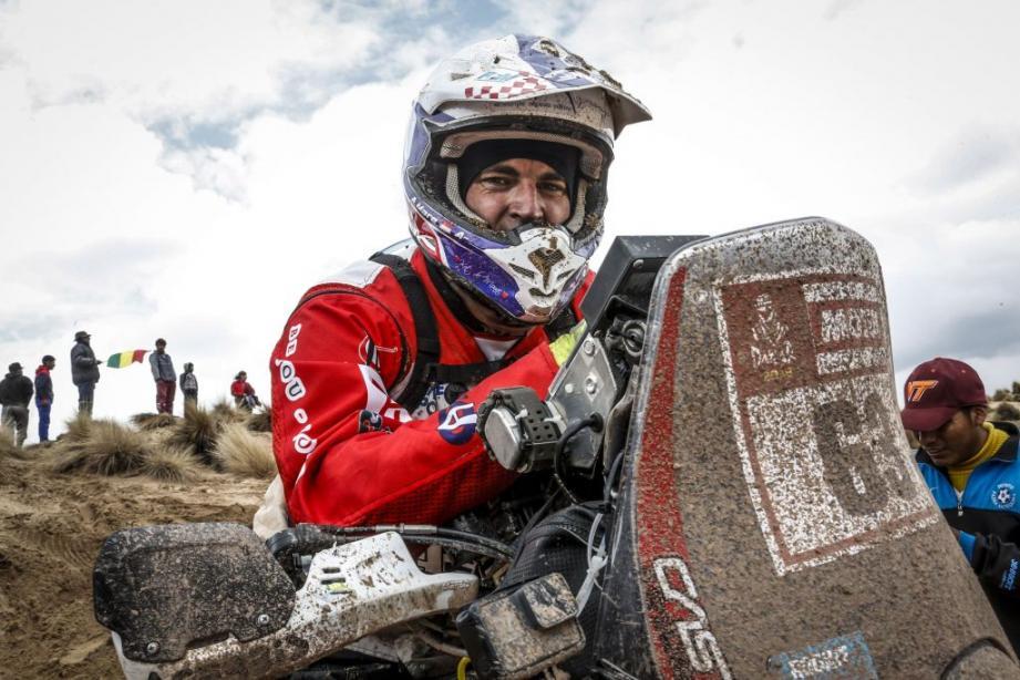 « Une fois que l'on a été au bout de ses limites, on sait que l'on peut de nouveau relancer la machine », relate Adrien Maré, qui pointe à la 62e place du Dakar après huit étapes.
