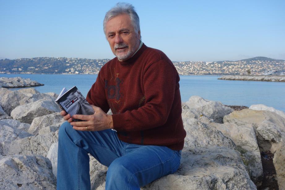 Pierre Brocchi, ancien professeur d'éducation sportive a décidé « décharger le sifflet contre le stylo ».(DR)