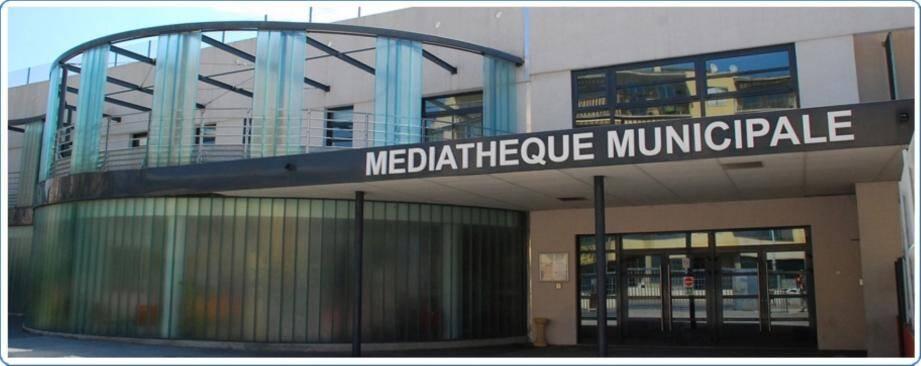 Après l'opposition municipale, c'est au tour de l'association des bibliothécaires de France de s'insurger contre la nouvelle mesure visant à faire payer l'entrée du site aux non-résidents.(DR)
