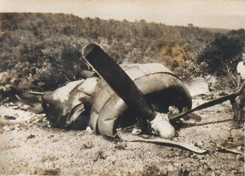 Un des quatre moteurs de l'avion abattu entre Ollières et Seillons.