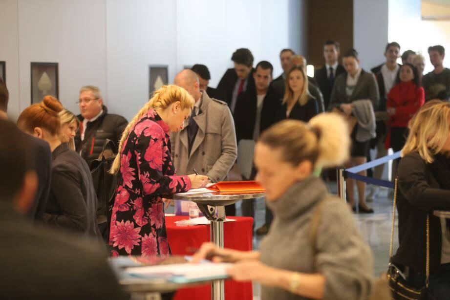 Plus de 350 demandeurs d'emplois avaient déjà candidaté hier en fin de matinée.