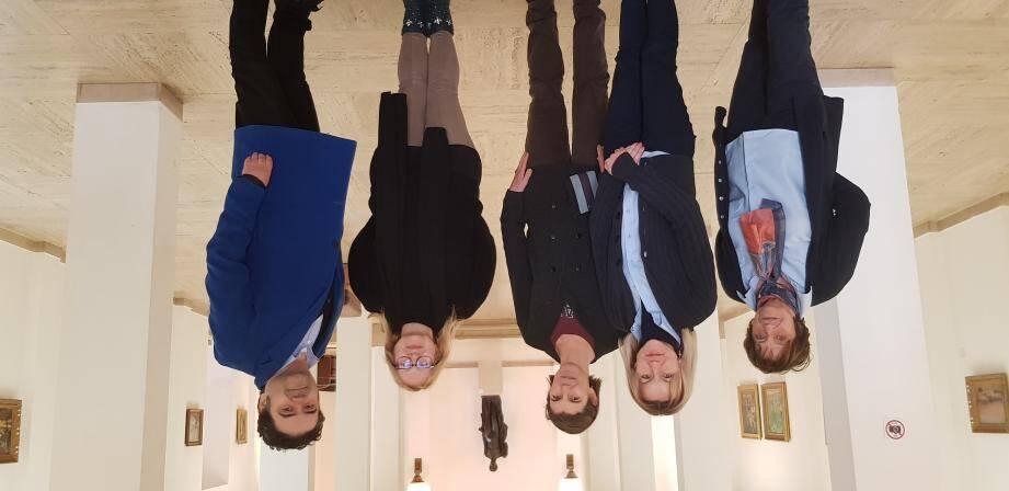 Au centre sur la photo, Séverine Berger, nouvelle conservatrice de l'Annonciade a déjà des idées bien précises de ce qu'elle voudrait faire pour faire entrer le musée dans le XXIe siècle. Elle associe pleinement le personnel de la maison, Alexandre, Isabelle, Elisabeth et Margot.