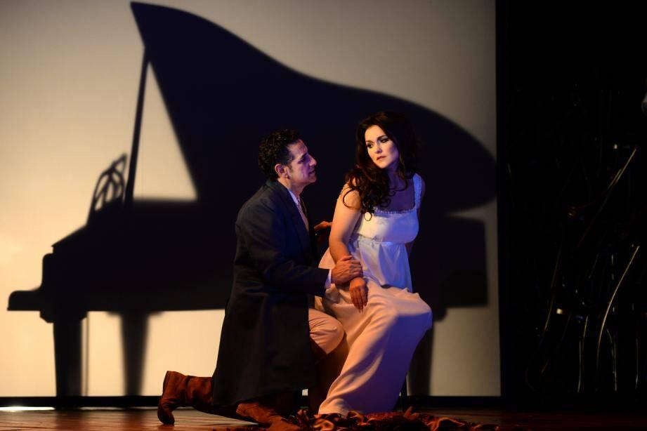 La rencontre entre Juan-Diego Florez et Olga Peretyatko.