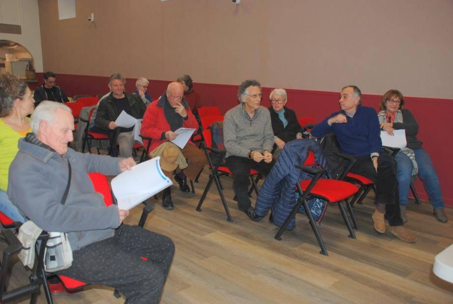 Les membres ont voté le lancement d'une procédure administrative contre la municipalité.