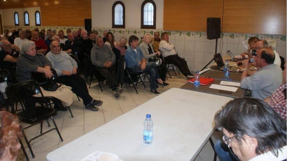 Les membres du Retro'mobiles club du Castellet se sont réunis en assemblée générale.