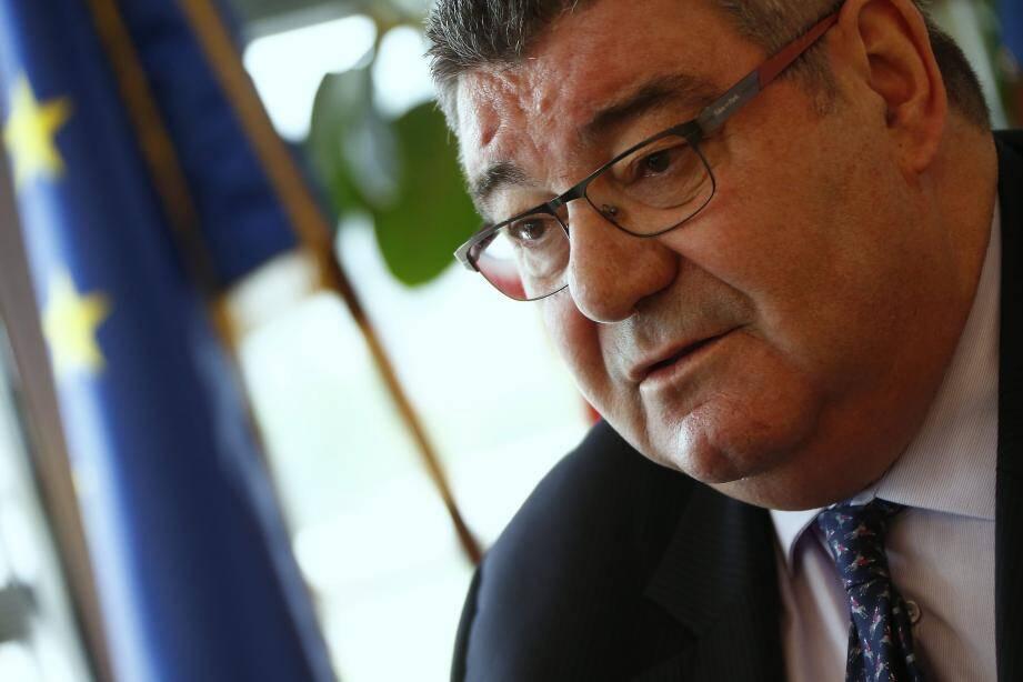 """""""C'est la troisième année que l'on nous ponctionne 22 millions d'euros de Dotation globale de fonctionnement"""", s'élève le président du conseil départemental Marc Giraud."""
