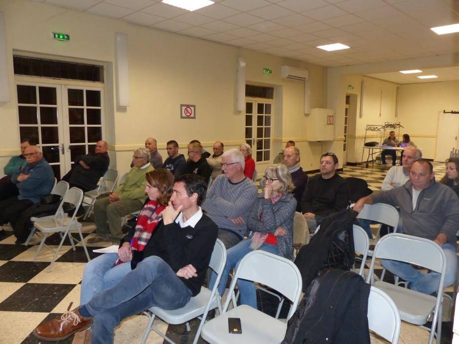 Environ une trentaine de personnes ont assisté à l'assemblée générale du Cellier.