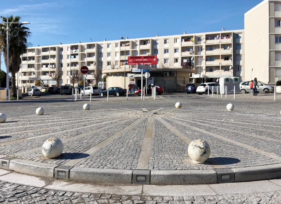 Hier matin, au lendemain du meurtre de Selim Jebali (ici sur une photo datant de 2011), le quartier avait retrouvé son calme apparent.
