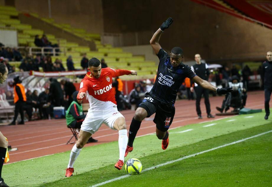Rachid Ghezzal titulaire avec Monaco pour affronter Metz.