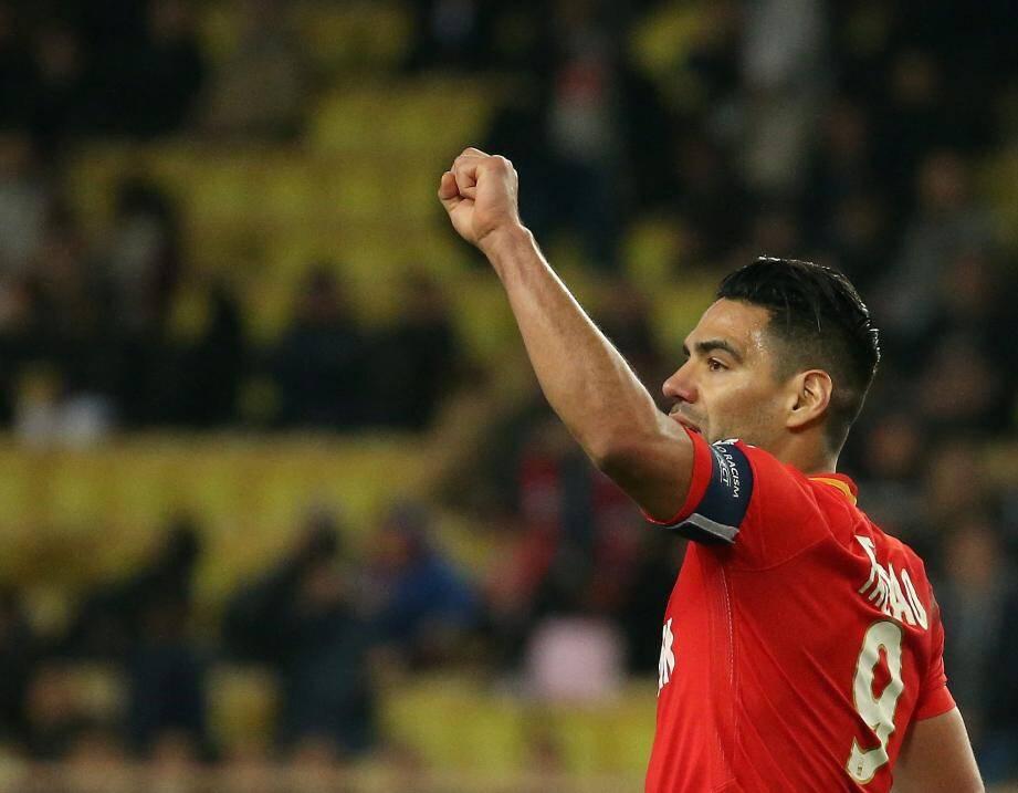 Radamel Falcao a mené son équipe vers le succès.