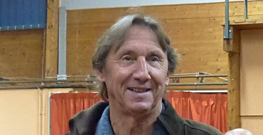 Denis Plaisir, président de l'ADSECA, opposé à l'exploitation de la carrière à La Baume Ginestet.