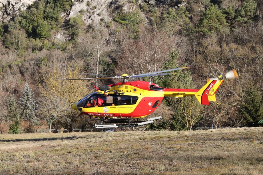 La victime a été transportée à l'hôpital Pasteur II de Nice  par hélicoptère.