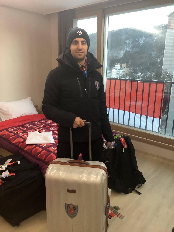 Le skieur Olivier Jenot a été le premier athlète monégasque à intégrer, hier samedi, le village olympique des athlètes à Pyeongchang.